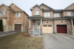 Real Estate Listing  7 Lindser Gate Whitchurch-Stouffville