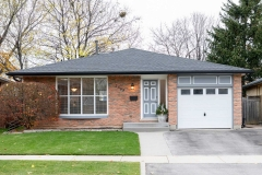 Real Estate Listing  2563 Cavendish Dr Burlington