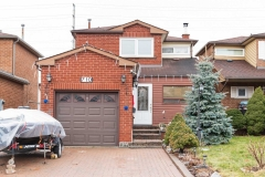 Real Estate Listing  710 Greycedar Cres Mississauga
